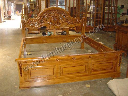 Produk Tempat Tidur Jati Jepara FK 217