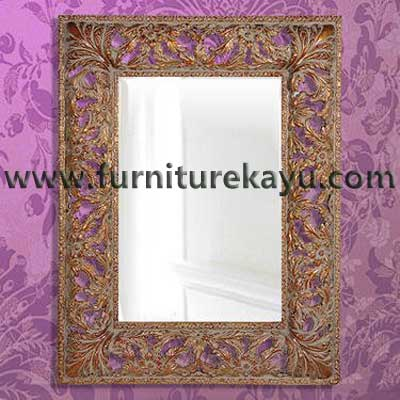 Frame Cermin Kayu Jepara FK 825