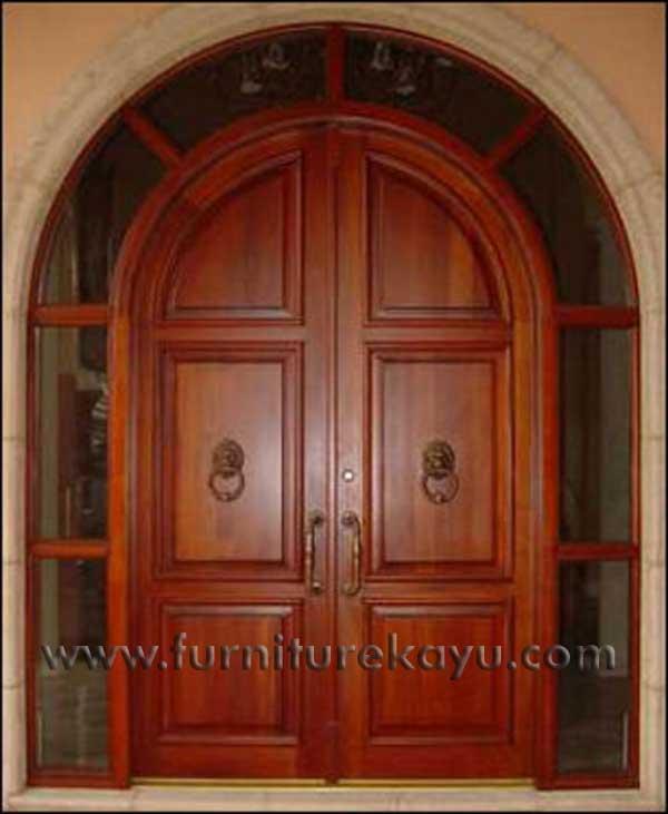 Pintu Rumah Utama Model Lengkung
