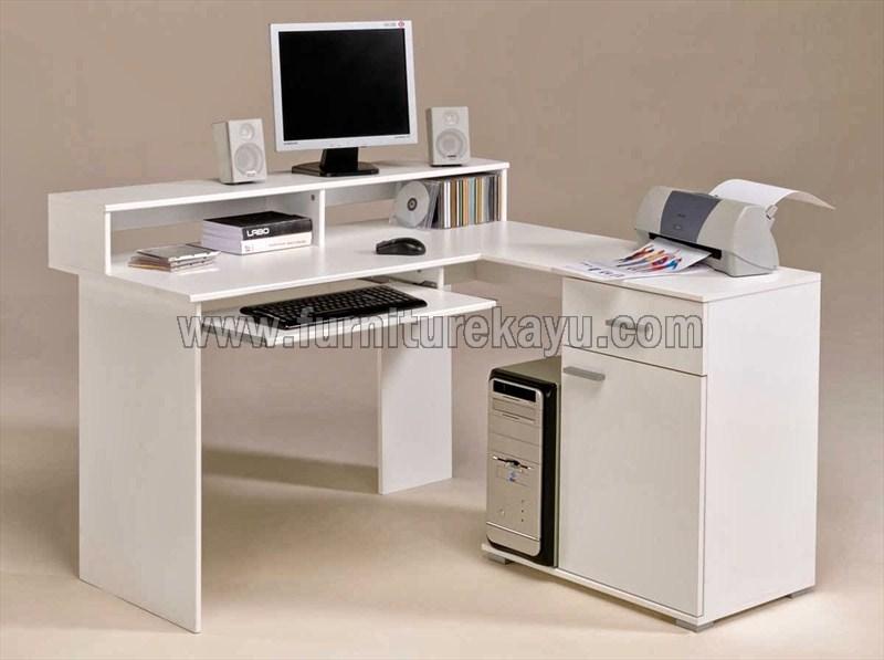 Meja Komputer Minimalis