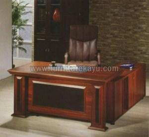 Meja Kantor Direktur Besar