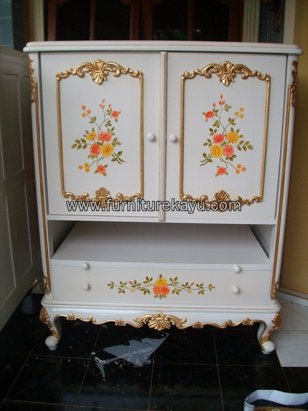 Desain Buffet Duco Putih Finishing Painting