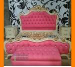 Perlengkapan Kamar Tidur Dengan Pilihan Tempat Tidur Jok Pink Shabby FK KS 248