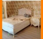 Gambar Set Tempat Tidur Ukiran Head Board dengan Nakas FK KS 187